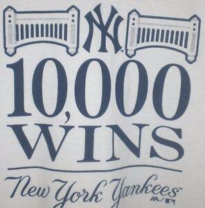 NEW-YORK-YANKEES-T-SHIRT-10000-WINS-MAJESTIC-XL-White-NY-Logo-2015-RARE