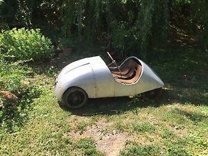 OLD-Classic-Car-Real-Engine-Restoration-Project-Vintage-Decor-Motor-Sports