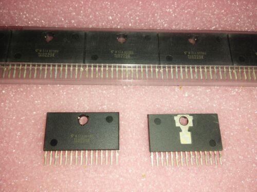 LOW FREQUENCY Power Amplifier ZIP-15 NEW 2x TOSHIBA TA8229K