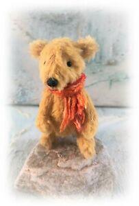 3-034-Faux-Fur-Little-Gold-Teddy-Bear-OOAK-jointed-Artist-Boulter-Bear