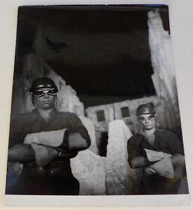 Photo Orphée - Jean Cocteau - 1950 - Tirage argentique d'époque - - France - Type: Tirage argentique Couleur: Noir et blanc Format (cm): 23,5 x 29,3 Nombre de pices: 1 Période: De 1940 1990 Authenticité: Tirage original - France