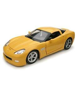 Chevrolet-Corvette-Grand-Sport-In-Yellow-1-24-Die-Cast-Model-Car-From-NewRay