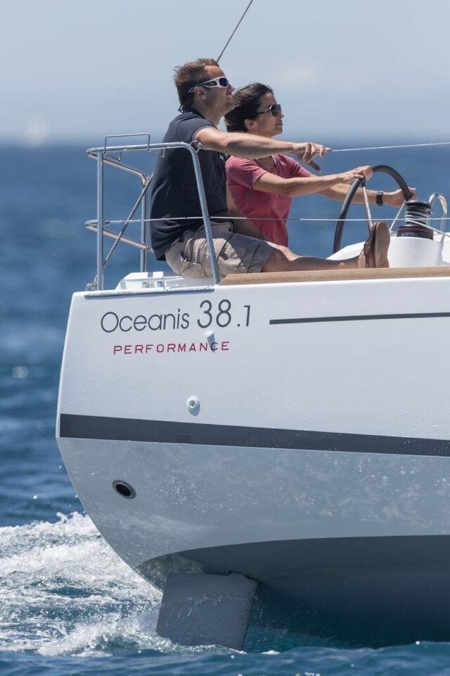 Beneteau Oceanis 38.1, årg. 2021, fod 3
