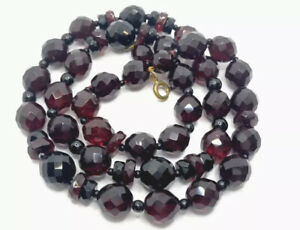 "Vintage Burgundy RED BLACK Faceted Cushion Glass Bead Necklace 27"" GIFT BOXED"