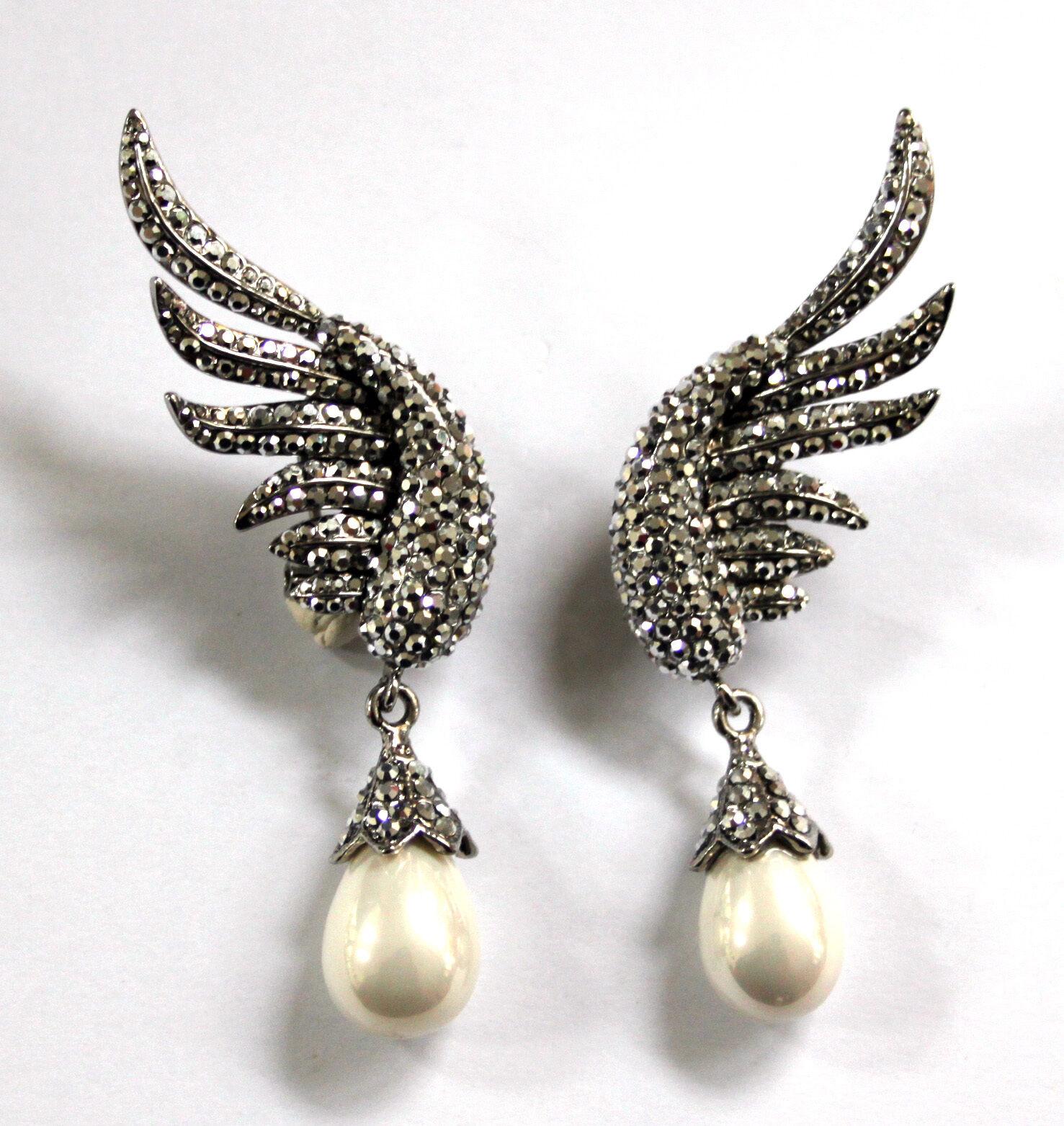Butler et Wilson silver cristal émaillé ailes Boucles d'OREILLES GOUTTES PERLES
