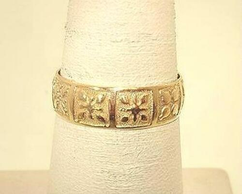 6 mm Hawaiian Heirloom 14k or Jaune Traditional Mixed Quilts Ring