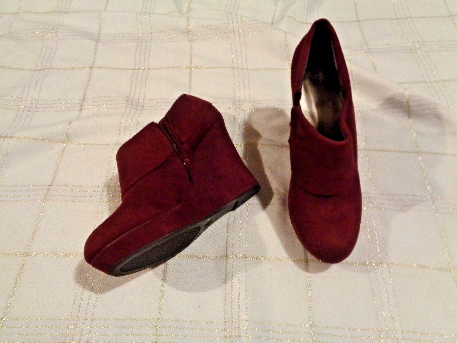 womens wedge mossimo deep red cuffed wedge womens heel booties shoes size 10 5b09d1