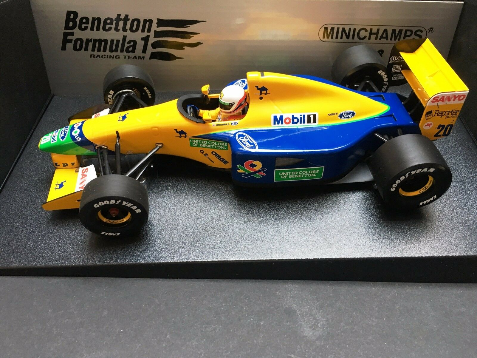 Minichamps - Martin Brundle - Benetton - B191B - 1992 -1 18 - Early Season
