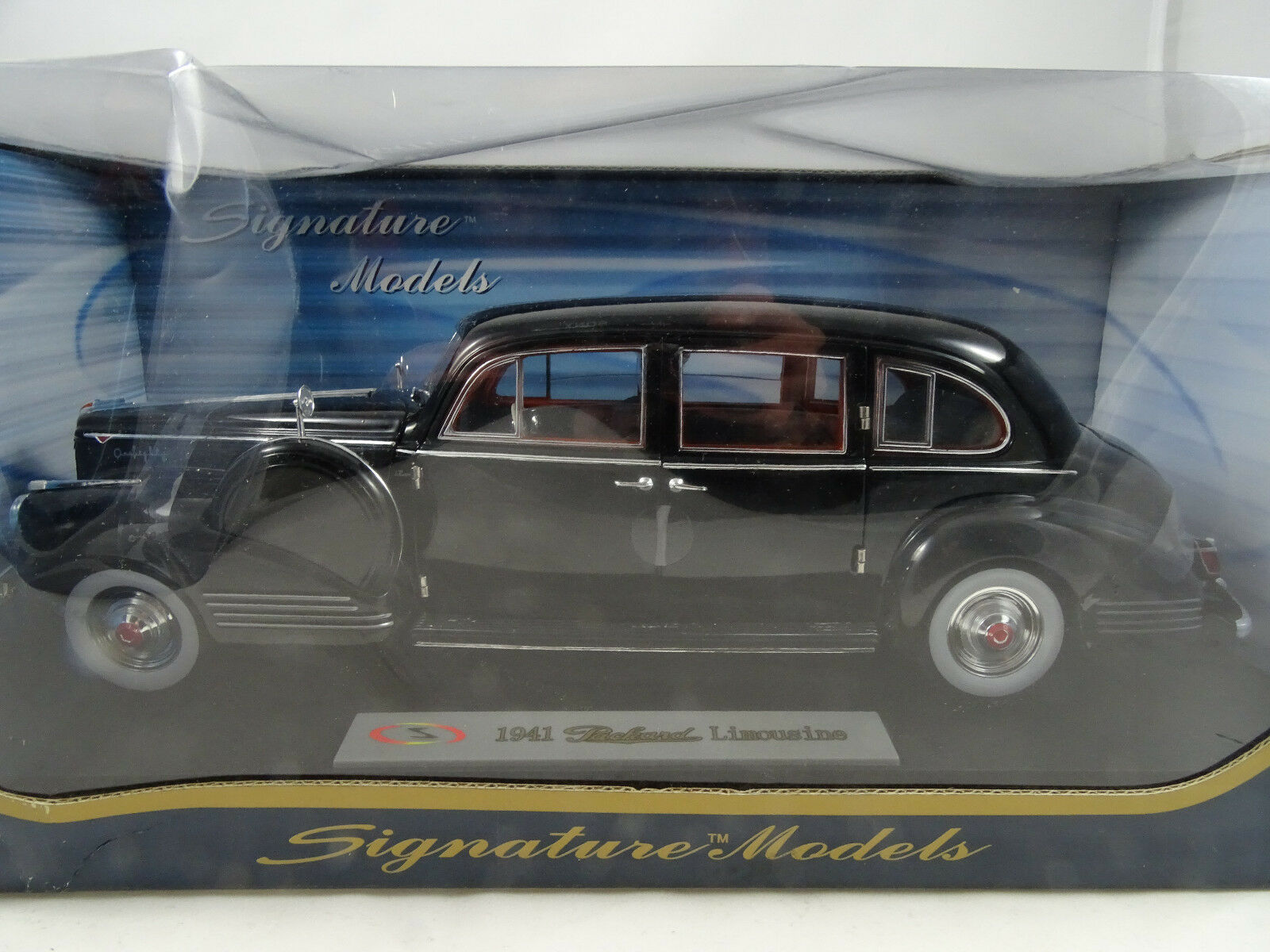 Signature Models 18128-2018 Packard Sedán Negro - Rareza