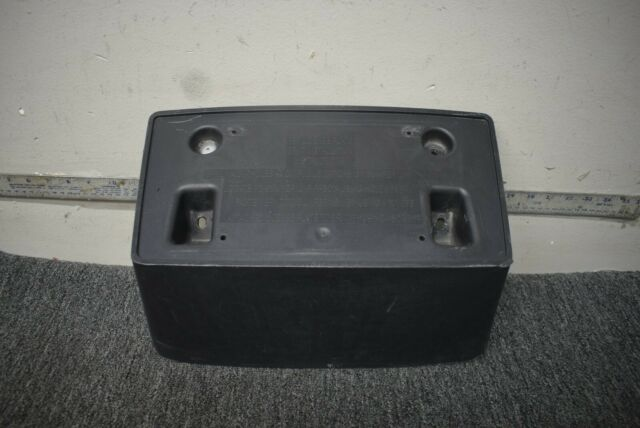 GM1068157 Make Auto Parts Manufacturing FRONT LICENSE PLATE BRACKET; FOR 2500//3500 SERIES