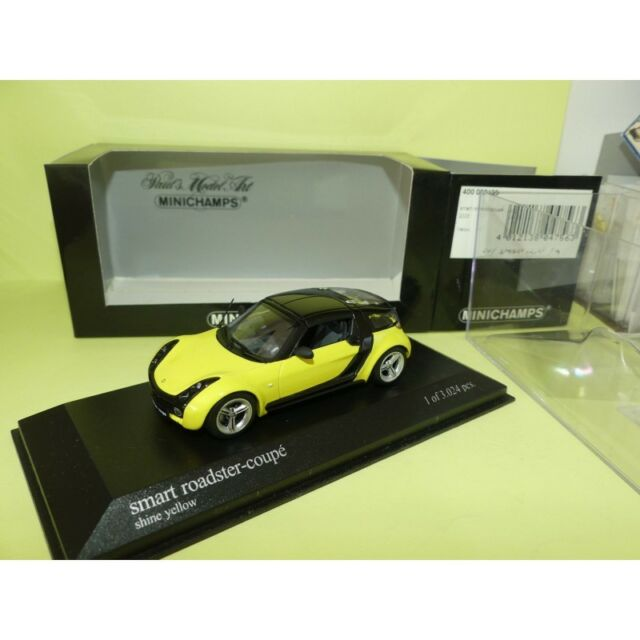 SMART ROADSTER COUPE 2003 Jaune et Noir MINICHAMPS 1:43
