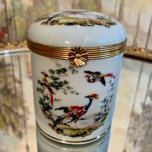 Vintage-Limoges-Hand-Painted-Pheasant-Tall-Round-Box-Gold-Clasp