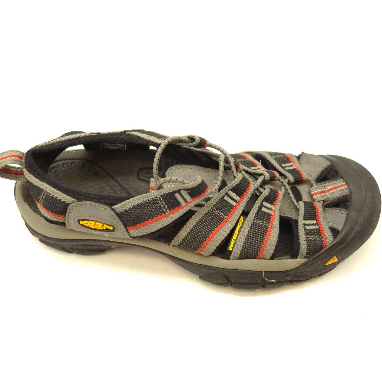 KEEN Newport H2 US 7.5 Bossa Nova para Caminar Sandalias Para Hombre Zapatos De Agua