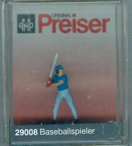 Preiser-29008-Baseballspieler-H0