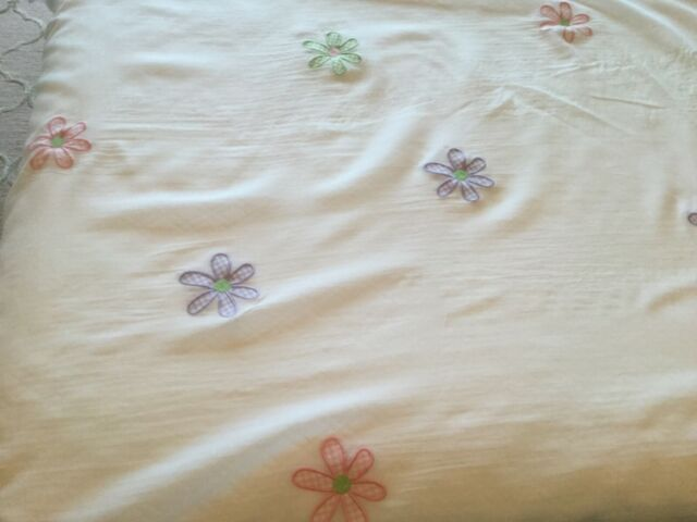 1 Pottery Barn Kids Sheer Curtain Panel Gingham Daisy