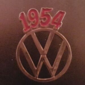 VW-Pin-Badge-Lapel-MANY-YEARS-Volkswagen-Beetle-Split-Screen-Bus-Bay-Karmann
