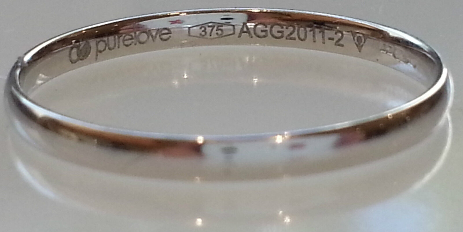 9 ct Or white 2mm Forme D bague 'Pure Amour' size Q