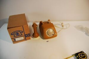 C132-Vintage-Retro-Phone-FEUER-NOTRUF-germany-LUXE-EN-CUIR-leather-jaune-2