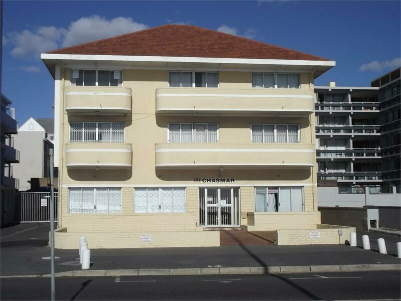 2 Bedroom apartment in Strand North For Sale