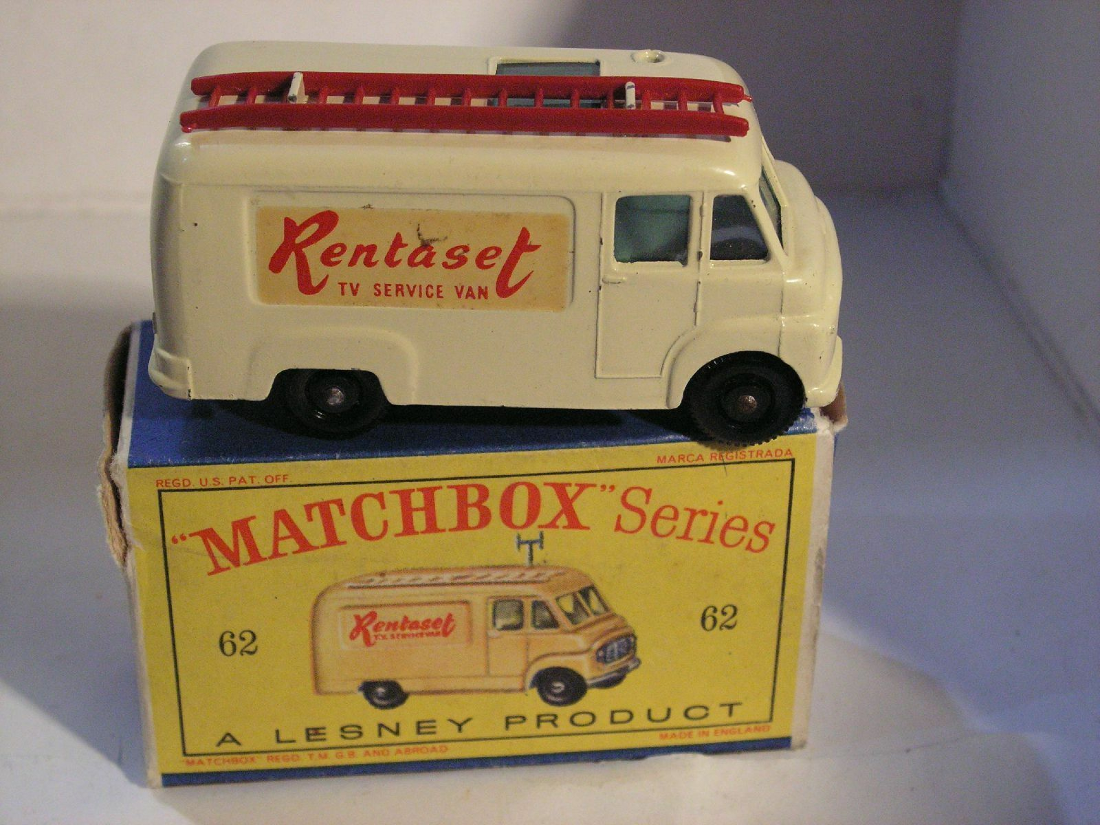 MATCHBOX  62  TV SERVICE VAN RENTASET
