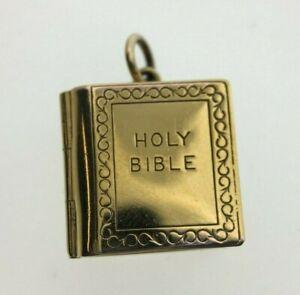 Biblia de oro amarillo de 9 quilates Encanto Colgante Abierta Bisagra 1978 2.8 gramos