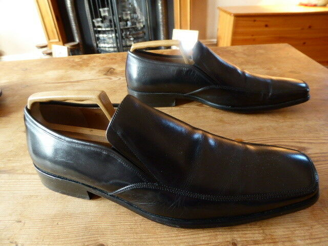 Mens JOHN WHITE loafers - size uk 9 great condition