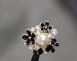 Gorgeous-Bluten-zierknopf-With-Rhinestone-And-Perl-Trimming-Probably-From-2010
