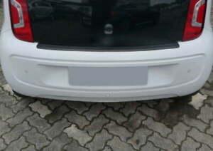 Proteccion-parachoques-de-carga-arista-negro-para-VW-Up-2011
