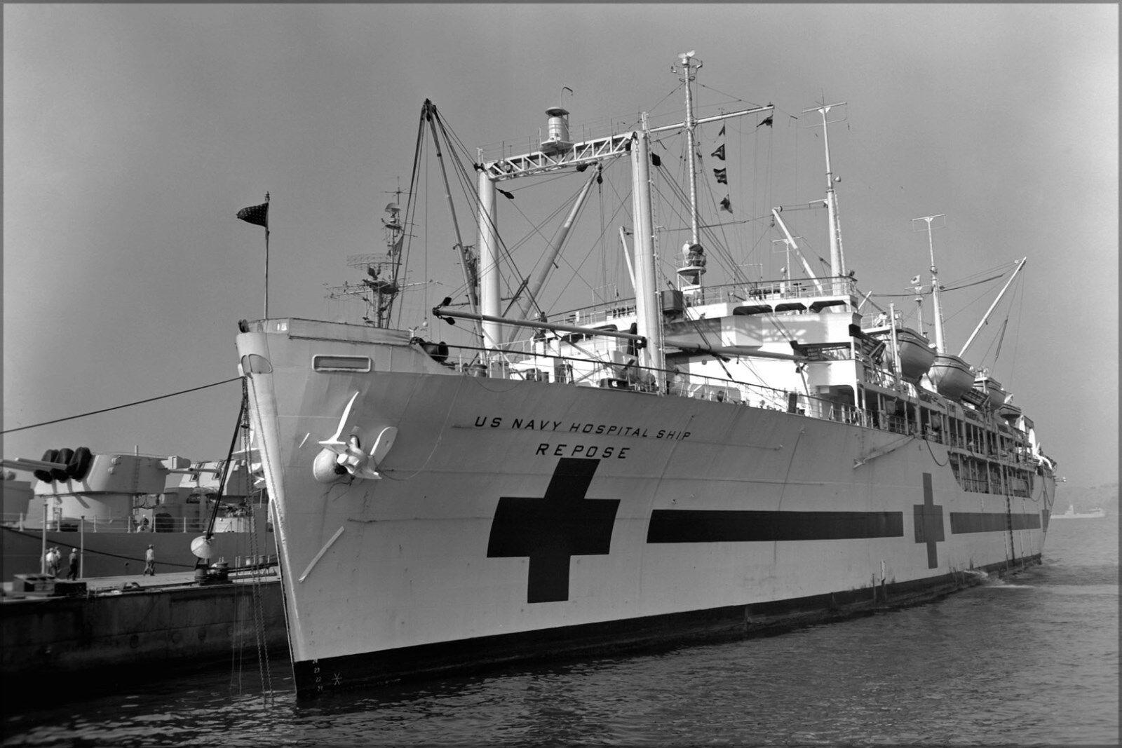 Poster, Svariati Misure; THE USA Blu Scuro Staffa Barca Uss Repose (Ah-16) At