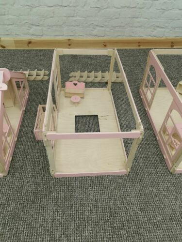 Woodygoody doll house