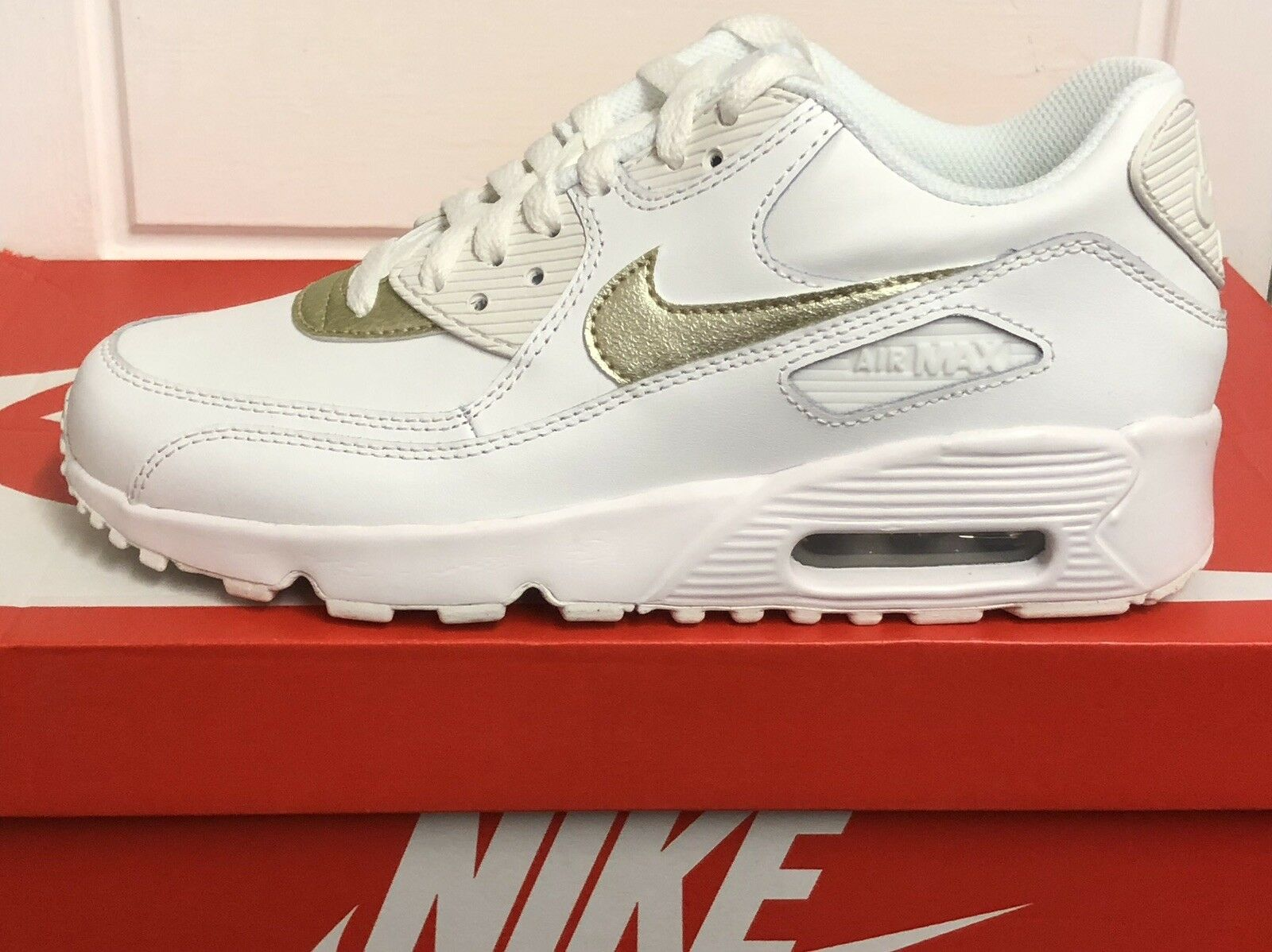 Nike Air Max 90 Cuir Baskets Baskets Chaussures UK 5,5 Eur 38,5 US 6Y