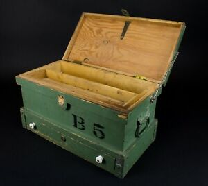 Antique-Primitive-Small-Wood-Carpenter-039-s-Chest-Trunk-Tool-Box-Vintage
