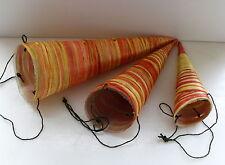 Wanddekoration Tischdekoration 3 Blumen Spitztüten Trichter Gelb Orange BL 157