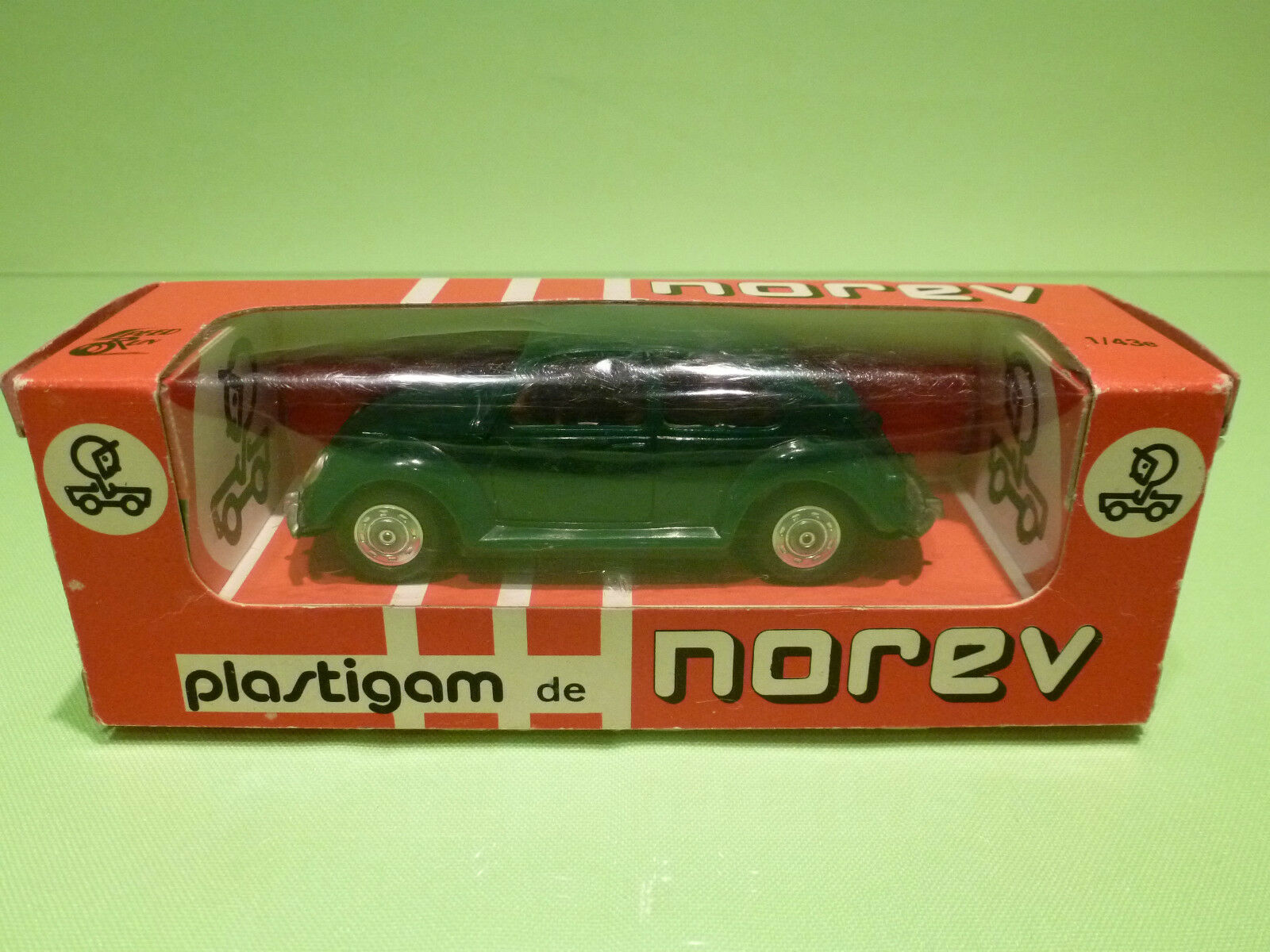 NOREV  1 43 - VOLKSWAGEN 1300 1300 1300 - VW BEETLE NO= 62   - IN NEAR MINT  CONDITION 64a446
