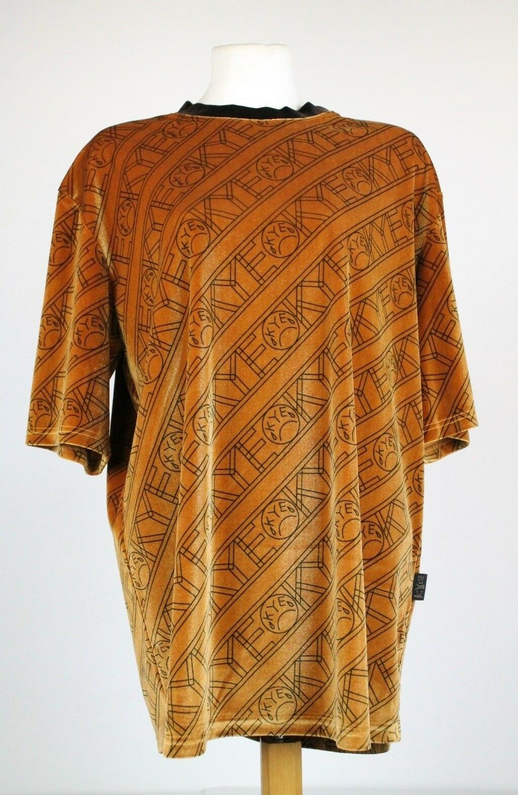 KYE gold Velour Over Sized T-Shirt, RRP