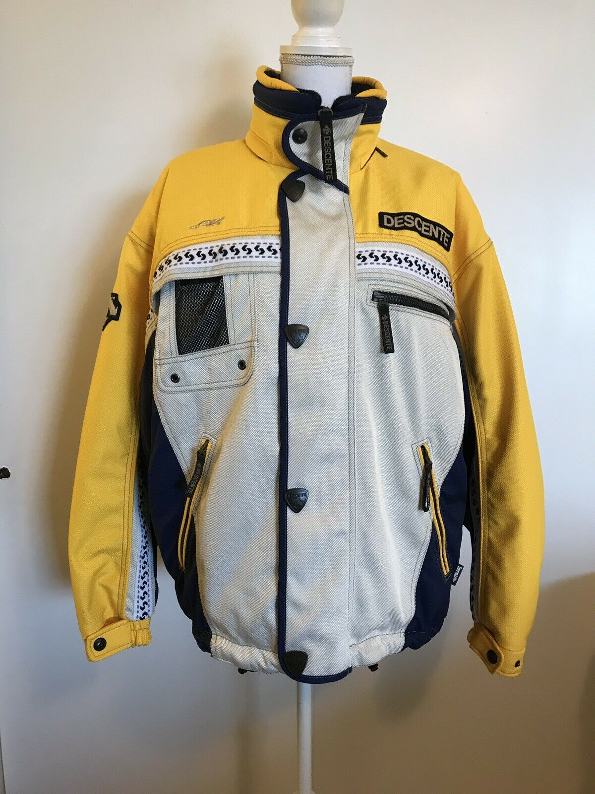 DESCENTE Dermizax Gelb Snowboarding JACKET Medium SKI Vintage
