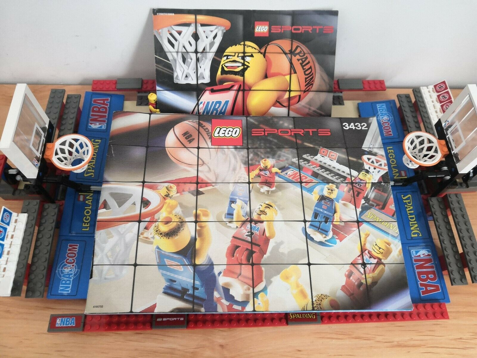 LEGO 3432 Street Basketball NBA with 15 Players with Cards