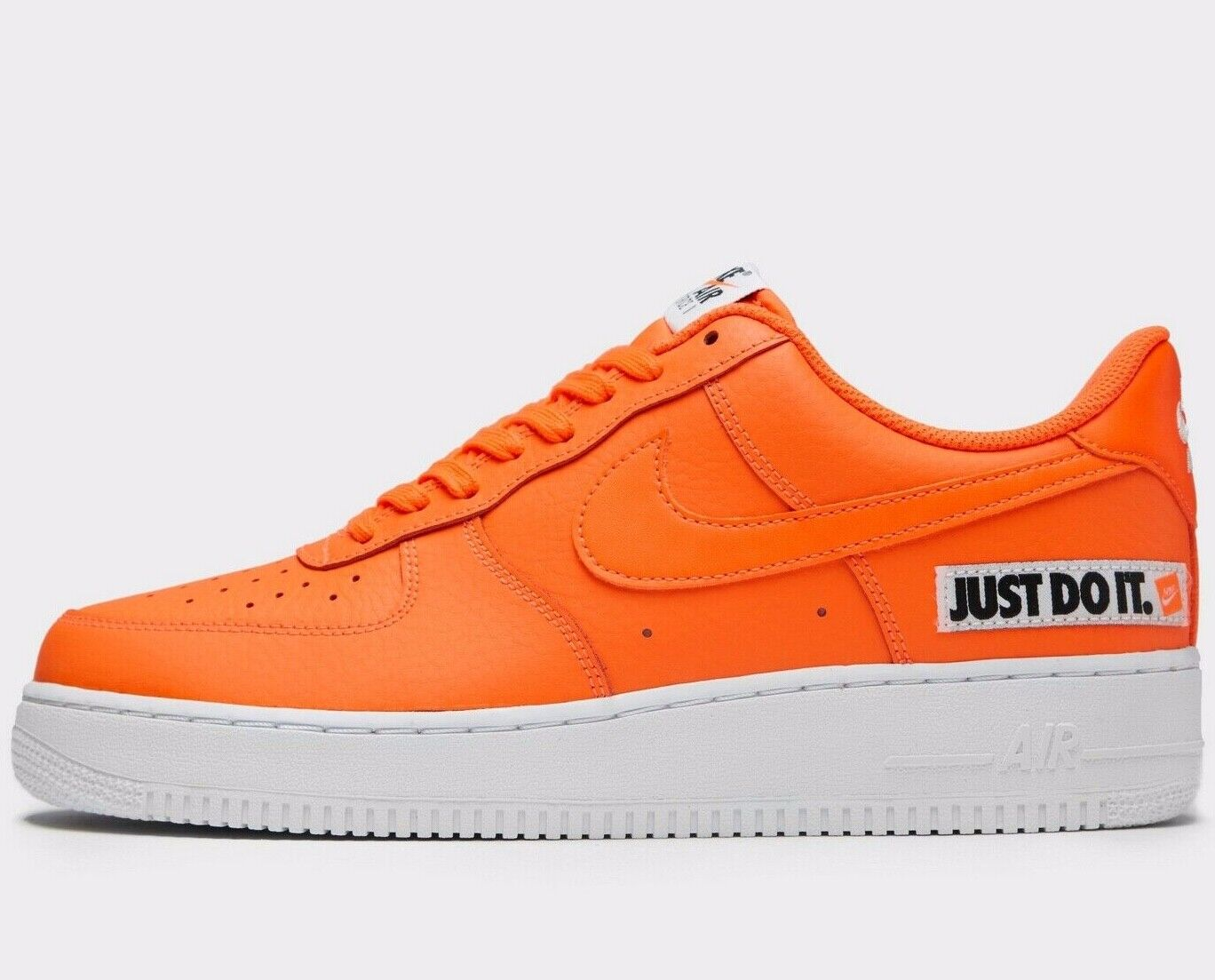NEW Nike Air Force 1 Low 'Just Do It' ® ( Men Größes UK 7 -12 ) Orange leather