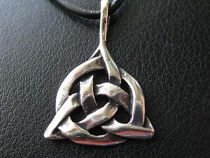 Aggressiv Keltischer Knoten 925'er Silber Ketten Anhänger / Ka 844