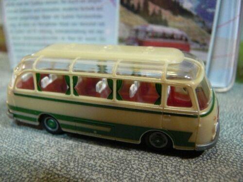 1//87 Brekina Setra s 6 verde beige 56019