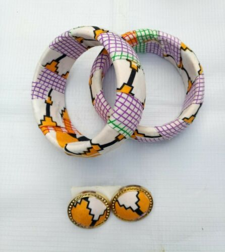 Earing and Bangle with African Print FabricAnkara Fabric Jeweries Print Fabric earing and Bangle.