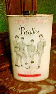 THE-BEATLES-Antiguo-bote-de-polvos-the-talco-Margo-of-Mayfair