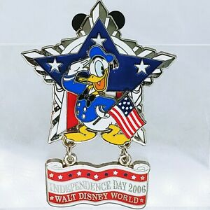 WDW-Independence-Day-2006-Donald-Duck-Americana-Star-LE-Disney-Pin-46972