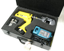 Stanley Ccb16001 144 Volt Battery Powered Hydraulic Cable Cutter