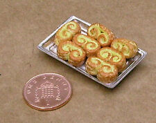 1:12 Scale 3 Saveloy Sausages Fixed In A Metal Tray Tumdee Dolls House Miniature