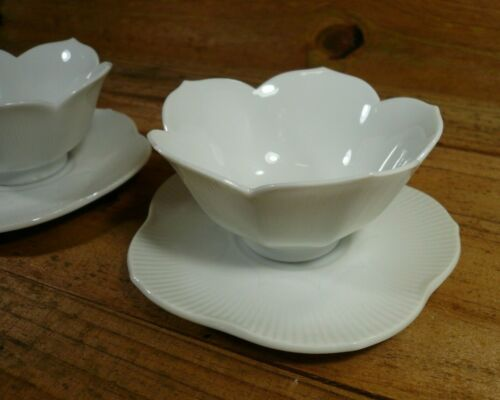 of 2 Vintage White Porcelain Chinese Lotus Rice Soup Bowls with Saucers s Set