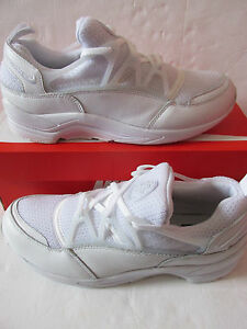 81316177cc9 Image is loading nike-air-huarache-light-mens-trainers-306127-111-