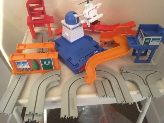 Transformers BotBots Series 1 Fomo 1//24 Mystery Minifigure Techie Team Loose