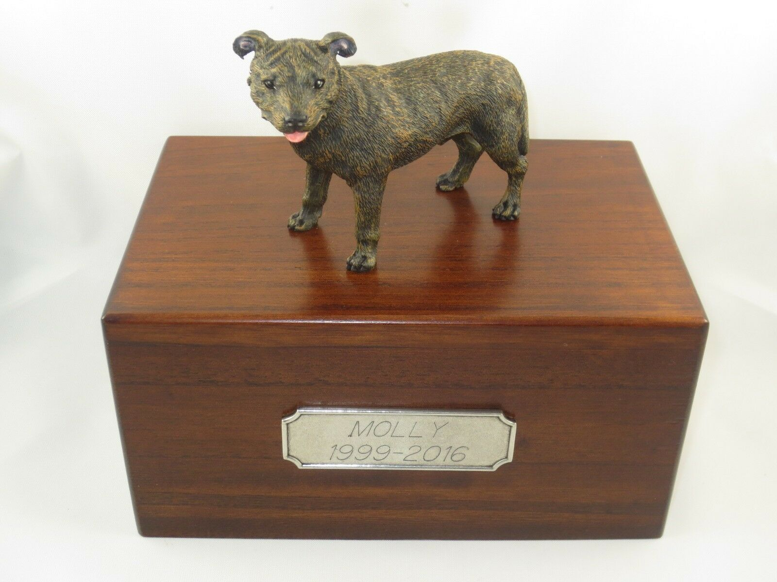Beautiful Paulownia Wooden Personalized Personalized Personalized Urn Staffordshire Bull Terrier Figurine 225be9