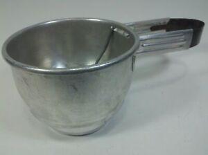 Flour-Sifter-Squeeze-Handle-Vintage-Aluminum